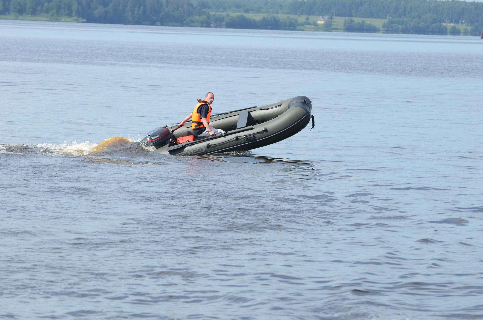 Моторная лодка ПВХ ДМБ Дельта-370