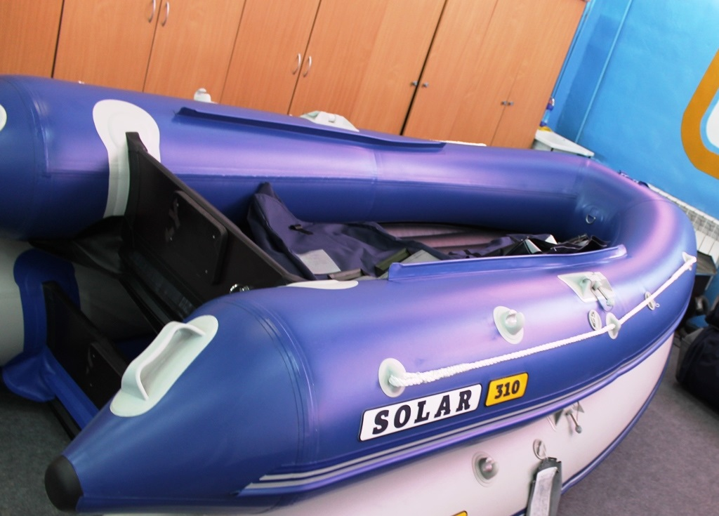 Моторная лодка Солар Максима-310