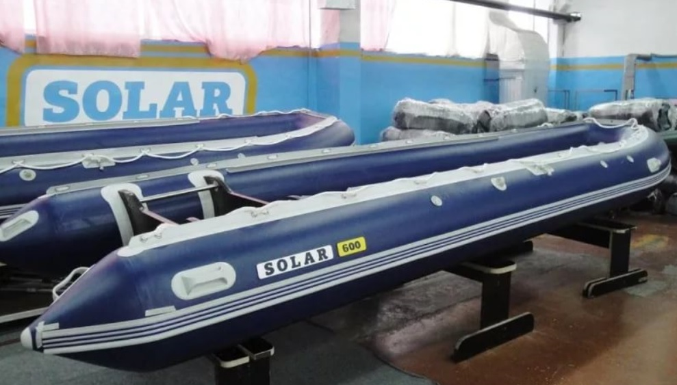 Моторная лодка Солар-600 Джет