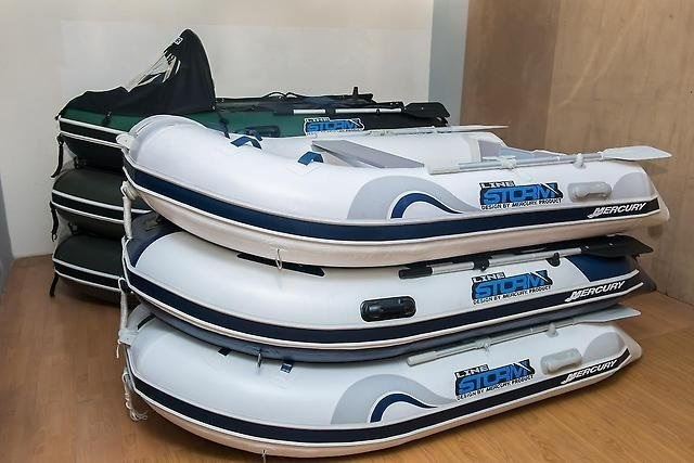 Моторная-гребная лодка ПВХ Штормлайн-240